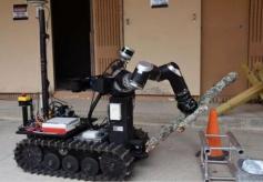 美国陆军的机器人军事演习,用声音控制机器人士兵!